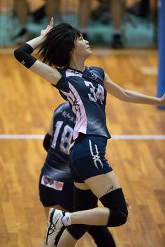 20160526021300 Action Pose Reference, Action Poses, Volleyball Pictures, Sexy, Oriental, Costumes, Running, Manga, Clothes