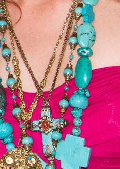 TurQUOISE REViVAL pendant CROSS - LOVEEEE this!!!