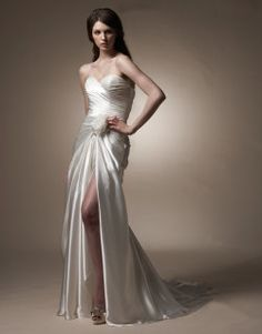 Great destination wedding dress!
