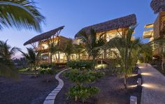Leer Arquitectura: Casa de Playa en Guatemala / Christian Ochaita + R...