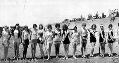 1927-Galveston-TX-Bathing-Beauties-Vintage-Panoramic-Photo-Panorama