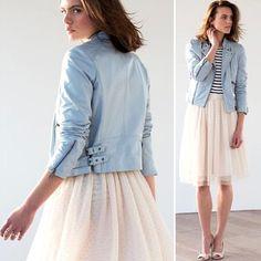 Veste en cuir bleu clair femme