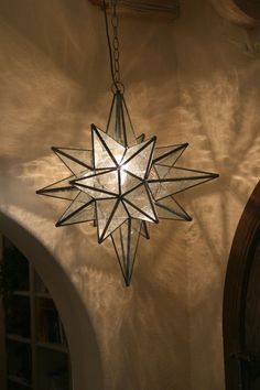 Moravian Star Light Pendant. These Pendants Date Back To A Protestant  Community In Germany,