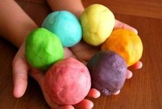 """playdough clay recipe @ """"kids-bazaar"""" - mom always added a bit of wintergreen oil to give the clay a minty fresh smell."""