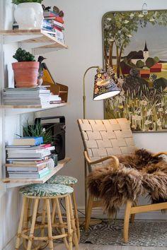 Cosy Corner, Cozy Nook, Home Interior, Interior And Exterior, Interior Design, Living Room Decor, Living Spaces, Retro Home Decor, Decoration