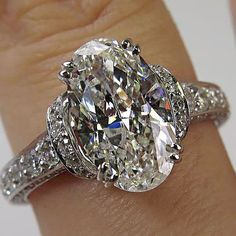 3.71CT ESTATE VINTAGE OVAL DIAMOND ENGAGEMENT WEDDING RING EGL USA 18K W GOLD. So unique that I love it: