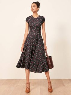 Pin by Lisa Firle on Damen Mode Herbst/Winter in 2020 Modest Dresses, Simple Dresses, Pretty Dresses, Beautiful Dresses, Casual Dresses, Mode Outfits, Dress Outfits, Dress Up, Dress Work