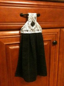 diy hanging towel for the kitchen really easy instructions - Kitchen Towel Holder Ideas