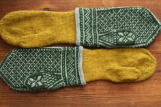 FPK French Press Knits - these gorgeous colorwork mittens with gold lining must . FPK French Press Knits – these gorgeous colorwork mittens with gold lining must be so incredibly