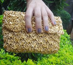 Carteira dourada - golden clutch