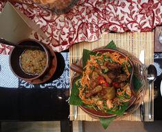 Chicken, urap & sambal