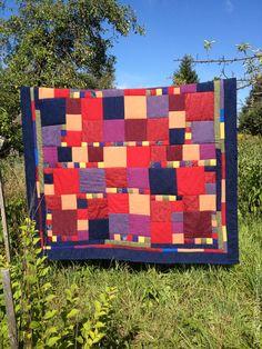 Купить одеяло Букет - Ткачество, печворк, русский стиль, прованс, шале, спальня, детская, бордовый
