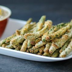Crispy Baked Green Bean Fries by dizzybusyandhungry: Crunchy, addictive, AND healthy! #Appetizer #Green_Beans #Healthy
