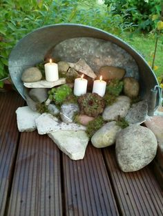 Zinkwanne terassendeko Maybe replace the candles with fairy garden thjngs … Garden Crafts, Garden Projects, Diy Garden, Garden Pots, Outdoor Projects, Outdoor Decor, Outdoor Living, Pot Jardin, Deco Floral