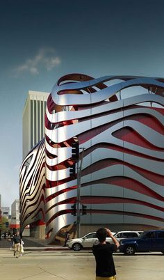 World of #Architecture: Amazing New Petersen Automotive Museum in Los Angeles #LosAngeles   http://homedesign.lemoncoin.org