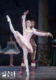 PNB principal dancers Carla Korbes and Batkhurel Bold in The Sleeping Beauty.