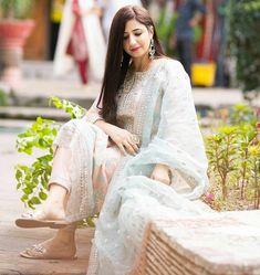 Girls Dp Stylish, Lace Wedding, Wedding Dresses, Dresses With Sleeves, Traditional, Stitch, Long Sleeve, Fashion, Bride Dresses