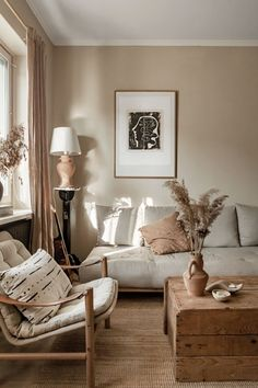 A gorgeous Scandinavian apartment in earthy tones - Daily Dream Decor Decoration Inspiration, Decoration Design, Interior Inspiration, Living Room Decor, Living Spaces, Dining Room, Earthy Home, Scandinavian Apartment, Ideas Hogar