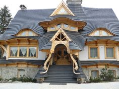 Wooden house in Zakopane Poland Zakopane Poland, Tyni House, Architecture Cool, Beautiful Homes, Beautiful Places, Amazing Buildings, Unusual Buildings, Unusual Homes, Fantasy House