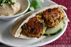 Healthy Baked Falafel by chow vegan #Healthy #Falafel #chowvegan