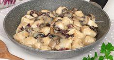 I bocconcini di pollo al gorgonzola con funghi e radicchio sono semplicissimi e veloci da preparare, cremosissimi, teneri e tanto golosi!
