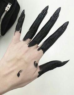 Dark pale, tumblr, black, white, veins, pale skin