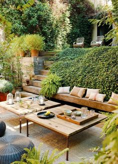 Outdoor coffee table space