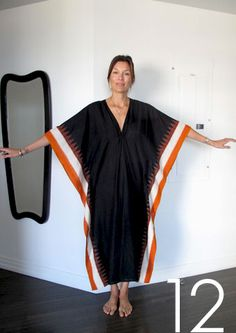 Black vneck caftan with orange border Muslin Dress, Laetitia, Dress Hairstyles, Grey Outfit, Gorgeous Fabrics, Abaya Fashion, Boho Look, Outfit Combinations, Comfortable Outfits