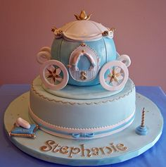 Cinderella themed cake - carriage, via Flickr.                                                                                                            Cinderella themed cake - carriage             by        cakespace - Beth (Chantilly Cake Designs..