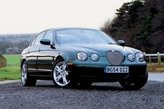 Jaguar S-type 4.2 V8 R. Comfy and terrifying available at any time you want
