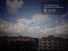It's rainning...