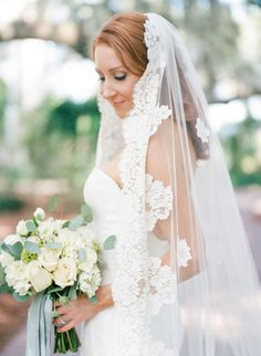 Romantic lace-trimmed veil: http://www.stylemepretty.com/2016/03/22/inn-at-palmetto-bluff-wedding/ | Photography: Ashley Seawell - http://ashleyseawellphotography.com/index2.php