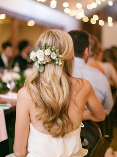 Floral hairpiece and soft curls for the reception | Kristen Kilpatrick