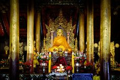 Phayao temple, Thailand http://www.teepucks.com/webboard/index.php/topic,1510.msg2903/topicseen.html#msg2903