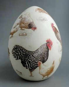 w kurniku, Monika Sibiga Egg Crafts, Easter Crafts, Chocolate Rabbit, Easter Egg Designs, Chicken Art, Chickens And Roosters, Easter Peeps, Egg Art, Holiday Themes