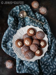 Schoko-Kokos-Plätzchen Muffins, Foodblogger, Chocolate, Advent, Desserts, Recipes, Winter, Madeleine, Chocolate Chip Cookie