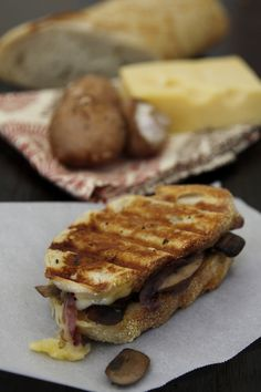 caramelized onion, mushroom + swiss panini #Food #Recipe #Delicious
