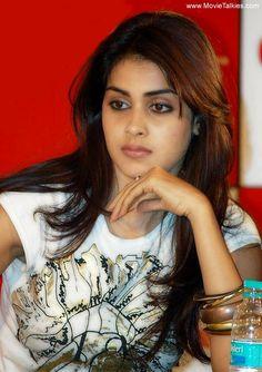 Genelia D Souza wallpapers Wallpapers) – HD Wallpapers Beautiful Girl Indian, Beautiful Girl Image, Gorgeous Women, Beautiful Images, Beautiful Bollywood Actress, Beautiful Actresses, Indian Eyes, Genelia D'souza, Indian Models