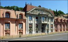 Kubistický rodinný trojdum / Triplex of Cubist residential houses - Rašínovo nábreží (Prague) - Art Deco - Art Nouveau on Waymarking.com
