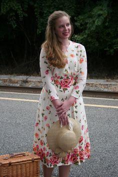 1940s Swing Dress Pattern - Sense & Sensibility Patterns