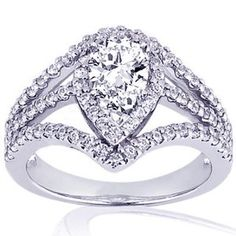 $1,600 beautiful pear shaped engagement ring