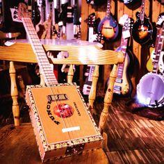 St.Blues Cigar Box Guitar 4 Premium #cigarbox #stblues #bluegrass #musicisourpassion