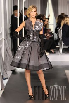 Dior - Couture - Spring-summer 2012 - http://en.flip-zone.com/fashion/couture-1/fashion-houses/dior-2490