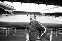 ♠ The History of Liverpool FC in pictures - Bob Paisley becomes LFC manager, 40 years ago July Best Football Team, Liverpool Football Club, Football Stadiums, Liverpool Fc Managers, Liverpool History, Bob Paisley, Bill Shankly, Liverpool Fc Wallpaper, You'll Never Walk Alone