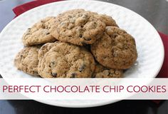Perfect Chocolate Chip Cookies {101 Days of Christmas at lifeyourway.net}