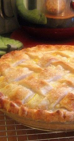 Sour Cream Peach Pie – Dang!! I just drooled all over my keyboard!!!
