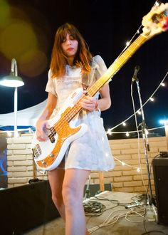 Printing Education For Kids Printer Guitar Lessons How To Plays Rock N Roll, Female Guitarist, Female Singers, Paz Lenchantin, I Love Bass, Punk Rock Girls, Women Of Rock, Guitar Girl, Women In Music