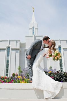 Photo By #MicahFolsomPhotography #Bountiful LDS Temple wedding