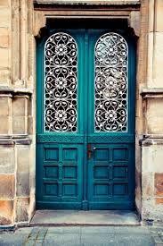 Resultado de imagem para portas diferentes