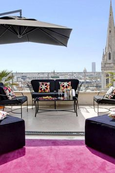 The 52-room boutique L' Hotel de Sers was designed by architect Thomas Vidalenc, who created an environment that effortlessly blends Parisian elegance and artsy decadence.  (Paris, France) - Jetsetter
